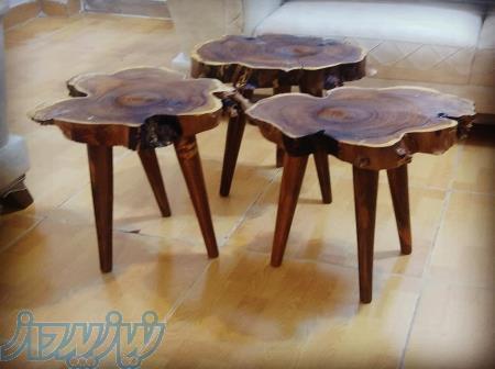 میز چوبی پایه خراطی شده