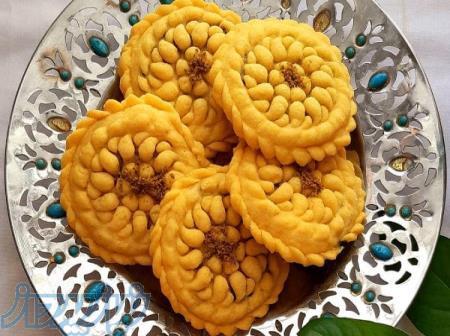 فروش عمده ی شیرینی جات سنتی کرمان