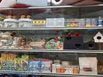 فروش خوراک و ملزومات پرندگان زینتی در غرب تهران ، صادقیه