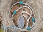 گردنبند ساخته شده از سنگ قیمتی عقیق سلیمانی