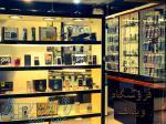 تعمیرات تخصصی انواع گوشی و قطعات کامپیوتری و الکترونیکی
