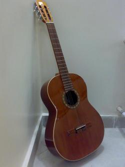فروش فوری گیتار الحمبرا بیسیک - تهران