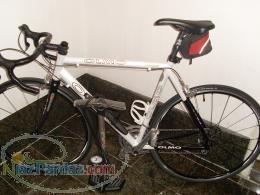 فروش یک دستگاه دوچرخه olmo ایتالیایی با قیمت مناسب