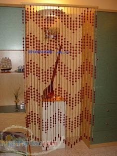 پرده آویز چوبی اندازه پذیز با قابلیت رنگ پذیری در 12 رنگ