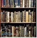 خریدار کتاب دست دوم در محل