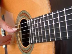 تدریس خصوصی و تضمینی گیتار کلاسیک پاپ سازدهنی گام به گا  - تهران