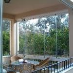 شیشه تاشوی بالکنی،پنجره دوجداره،کرکره برقی،درب اتوماتیک،توری،پارکت