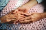 نگهداری و مراقبت از کودک و سالمند در منزل مهرپرور